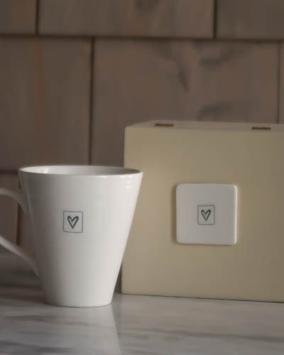 Heart <br /> Speciality Boxed Mug